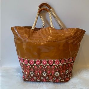 BEACH BAG PLENTY BY TRACY REESE Large Beach Tote